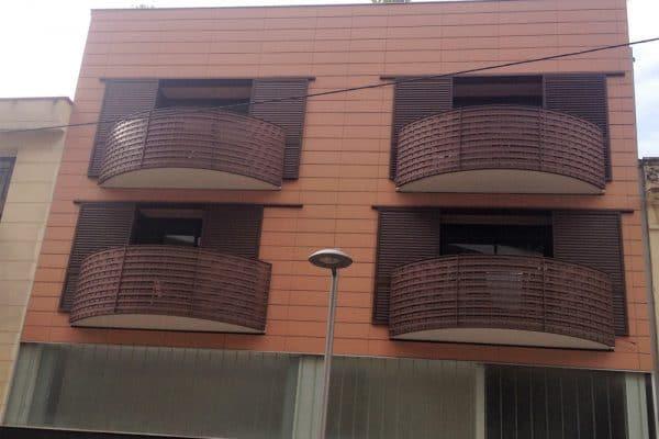 Fachadas ventiladas en Madrid de cerámica